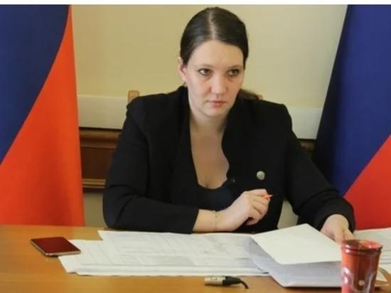 Глава Дагестана освободил Толстикову от занимаемой должности, а глава кабмина России назначил