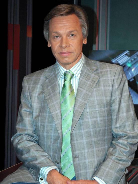 Пушков объяснил отказ Кремля приглашать Зеленского на Парад Победы