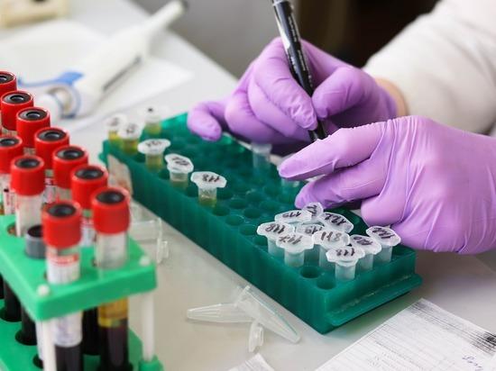 Американцы начали испытывать на людях «коктейль антител» от коронавируса