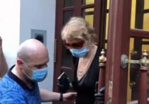 Рената Литвинова рассказала, кого привезла в квартиру Ефремова