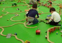 Детские игровые зоны, парки и центры развлечений пока ожидают разрешения на возобновление работы