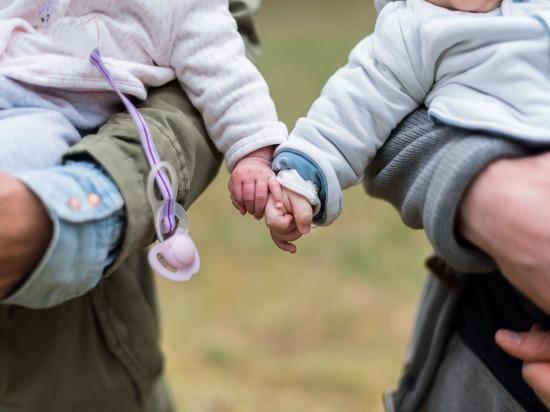 Германия: Бонус выплатят и семьям с детьми, которые родятся до конца 2020