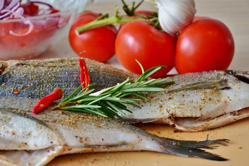 Ученые выяснили, какой еды боятся россияне: на что обратить внимание