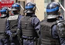 В Париже начались массовые беспорядки из-за протестов против расизма