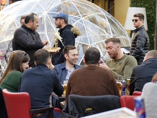 Германия: Жители Тюрингии могут встречаться и праздновать без ограничений