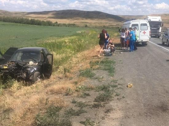 Возле поселка Репино в аварии погиб водитель