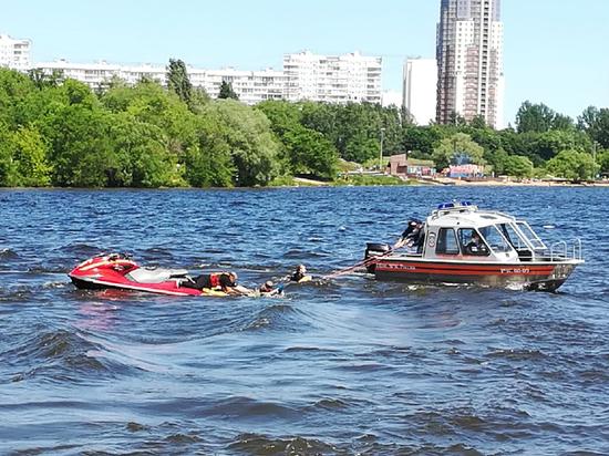 В Москве коронавирус стал главным спасением утопающих