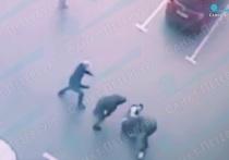 Налетчики в Петербурге избили инкассаторов и отобрали 10 млн рублей