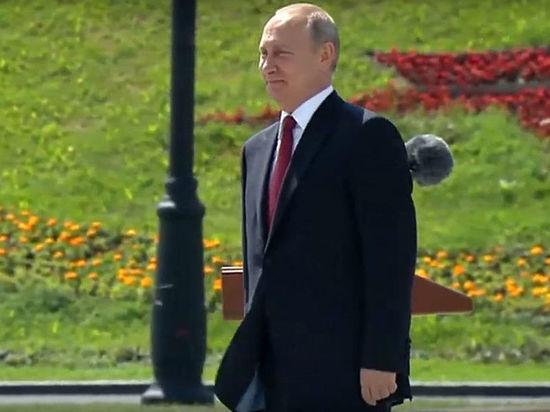Песков признался, что Героев труда перед награждением Путиным держали на карантине