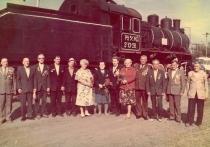 Юные «паровозницы» из Энгельса были ударной силой фронтовых железных дорог