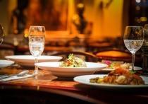 Германия: Десятки посетителей ресторана были заражены коронавирусом, один мужчина скончался