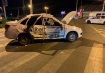 В Тамбове столкнулись такси с иномаркой