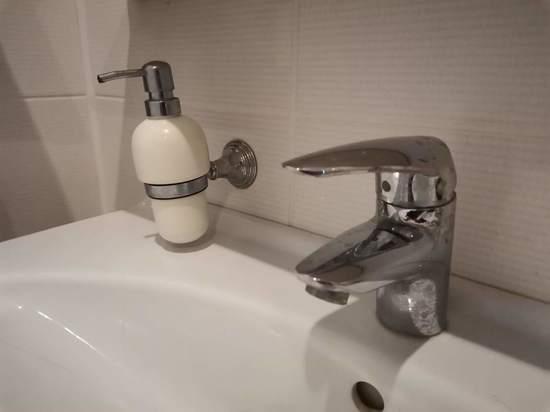 Где в Туле из-за жары раздают бесплатную воду  по 12 адресам