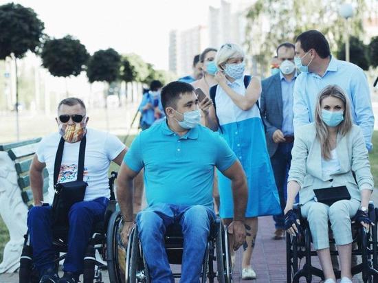 В поселке Северном Курска прошел рейд по просьбам инвалидов-колясочников