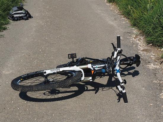 Подростка-велосипедиста обвинили в умышленном наезде на спортсмена в Москве