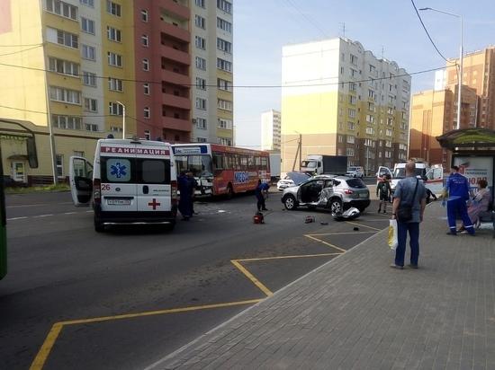 ДТП с пострадавшими произошло в районе остановки «3-я Кольцевая» во Владимире
