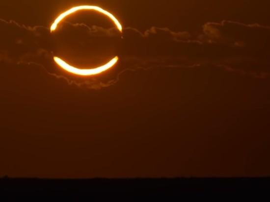 """Жителей Земли ждет """"кольцо огня"""": приближается необычное солнечное затмение"""