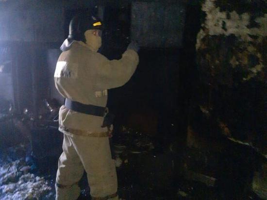 В Хакасии из горящей пятиэтажки эвакуировались 15 человек