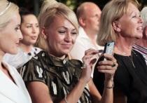 Рудковская поразила Билана показом коллекции вечерних платьев