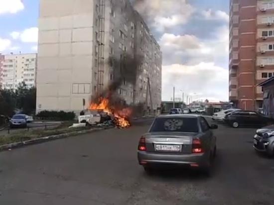Жители Оренбурга пытаются привлечь внимание к назревшей проблеме, поджигая контейнерные площадки