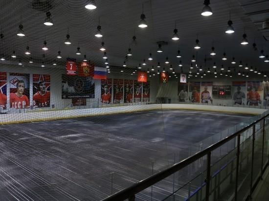 В Новомосковске разморозили арены ледового дворца