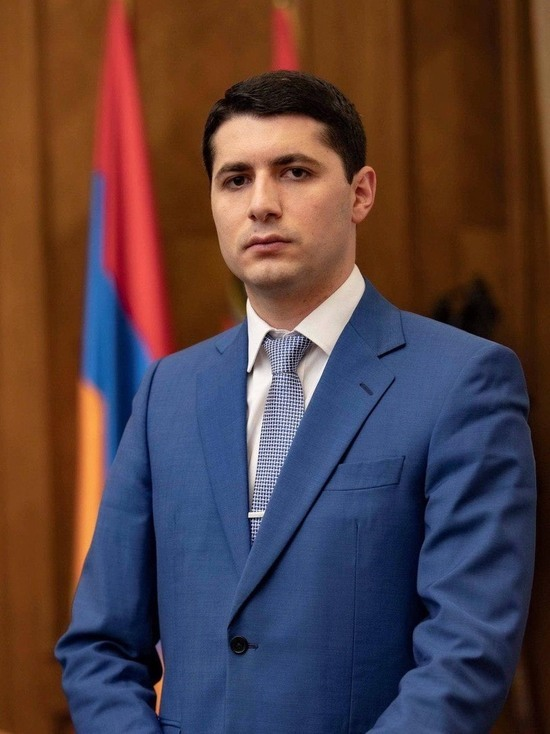 Спустя два года после революции, Армения вновь вступает в зону жесткой политической турбулентности