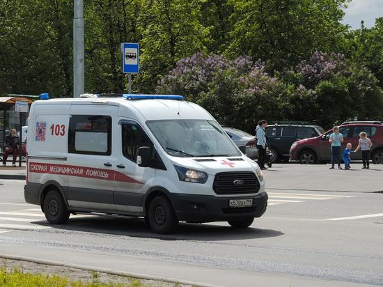 Подросток выжил после падения с седьмого этажа в Москве