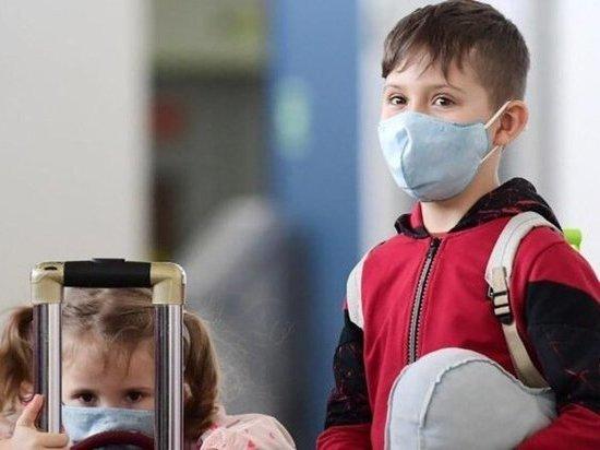 Врачи рассказали, как распознать коронавирус у детей