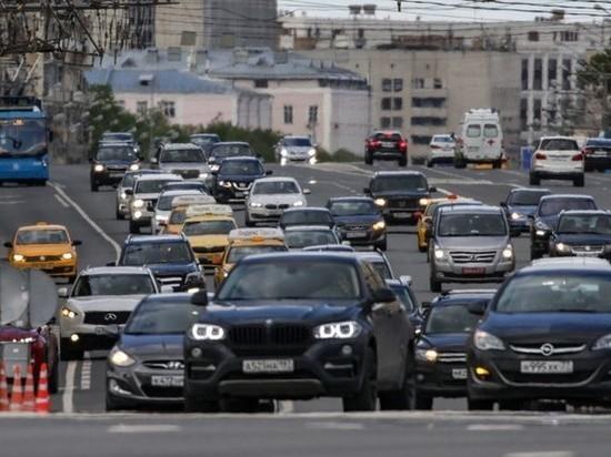 Чуть менее половины россиян верят, что от 5G может защитить автомобиль