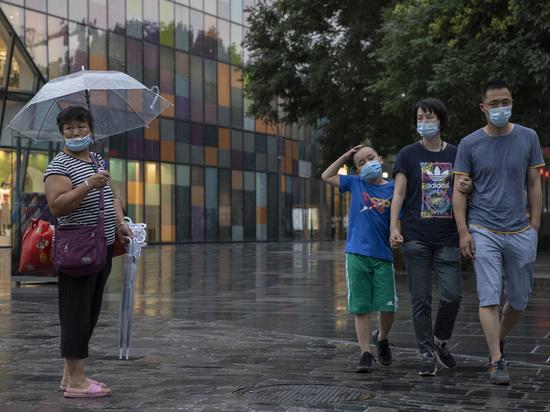 Специалисты заподозрили неладное: вторая волна коронавируса пришла в Пекин гораздо раньше