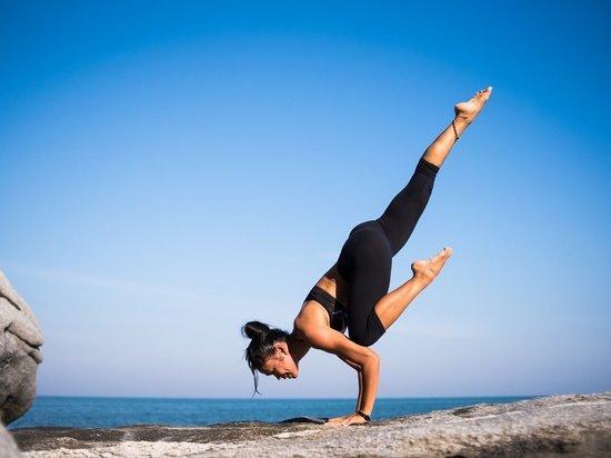 Посол Индии в России написал колонку о йоге