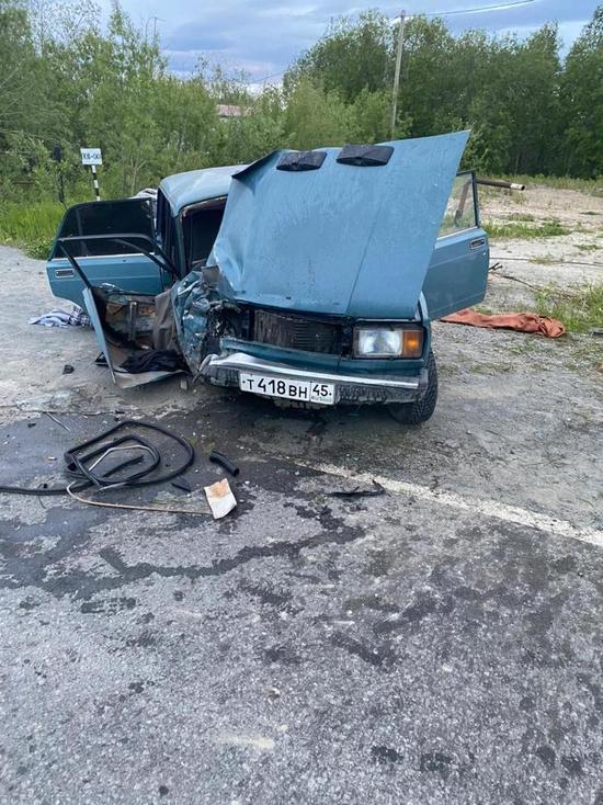 Три человека пострадали в ДТП с ВАЗом в Лабытнанги