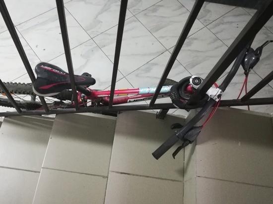 В Новотроицке сосед украл у женщины велосипед