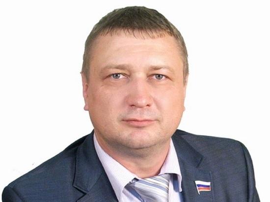 Депутат ярославской Думы снова хочет зарплату