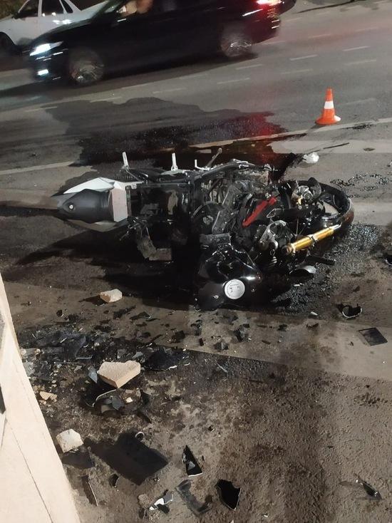 В Краснодаре возле парка Галицкого разбился мотоциклист
