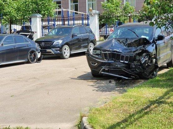 Стало известно, кто был в автомобиле Ефремова во время ДТП