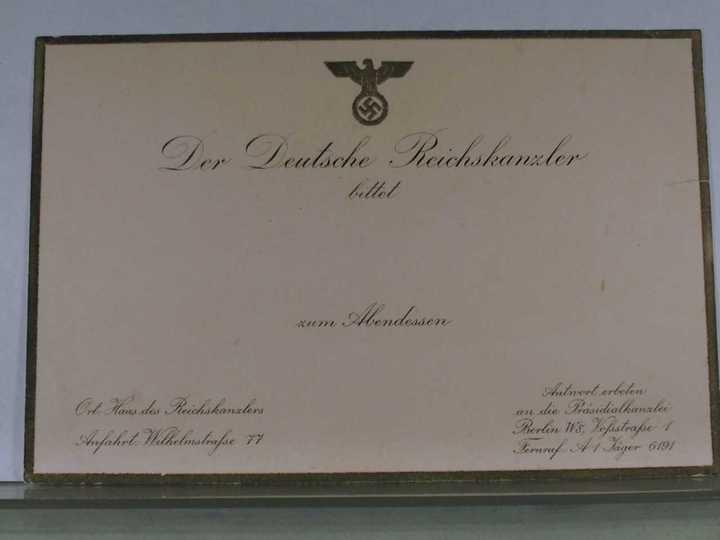 «История одного экспоната»: трофейная коллекция со вкусом Победы из Берлина 1945 года в Тверской области