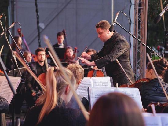 В день медика под окнами клинической больницы Ленобласти сыграет оркестр