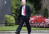 Болтон: Трамп обещал Ким Чен Ыну подумать над возможностью отмены санкций ООН
