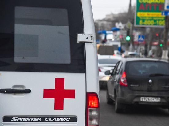 В Волгограде пенсионер попал в больницу после ДТП с автобусом