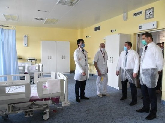 В Волжском на открытии центра трансплантологии побывал Михаил Мурашко