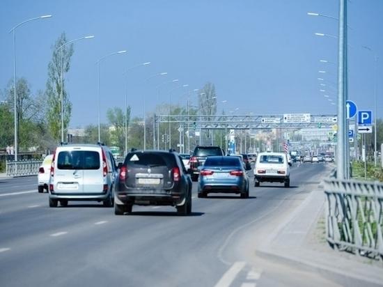 В Волжском случилась массовая авария, госпитализирован человек