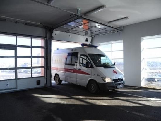 «Лада Калина» устроила ДТП с автобусом в Волгограде