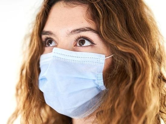 Вылетающих из Пскова пассажиров попросили позаботиться о масках и дизсредствах