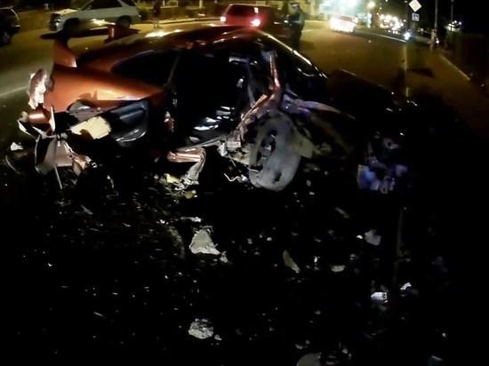 Спасателям пришлось разрезать иномарку после ДТП в центре Читы