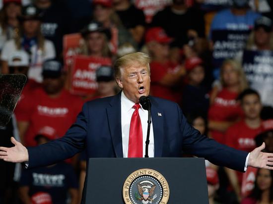 Президента США Трампа опять уличили в расистских высказываниях