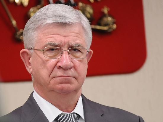Депутат Владимир Евланов поздравил кубанских медиков с профессиональным праздником