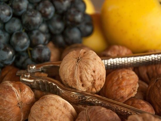 Мясников назвал снижающие холестерин продукты-лекарства