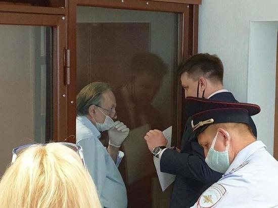 «Полицейскому стало плохо»: Суд начал опрос свидетелей по делу доцента Соколова