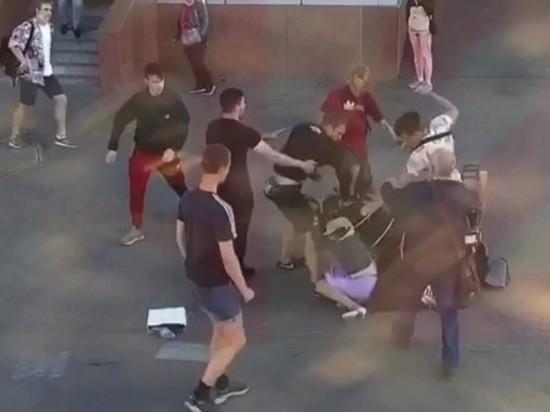 Задержаны подростки, избившие беременную петербурженку и ее мужа-музыканта